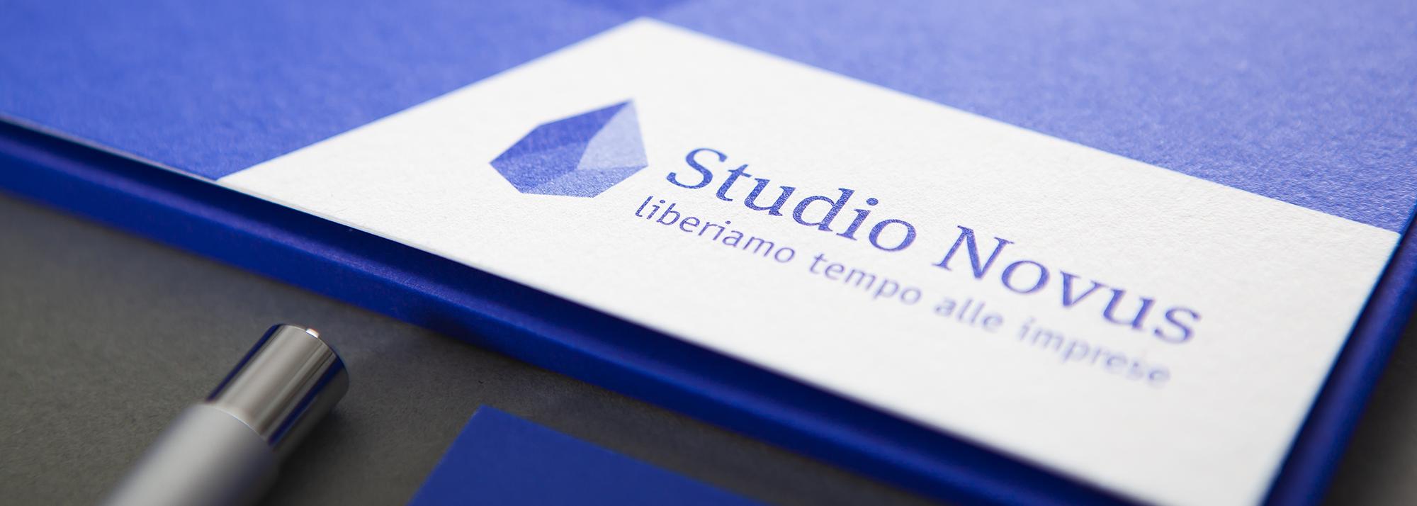 Realizzazione del marchio aziendale e dell'identità di marca per Studio Novus