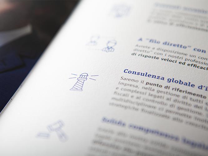 Scrittura dei testi e impaginazione del company profile